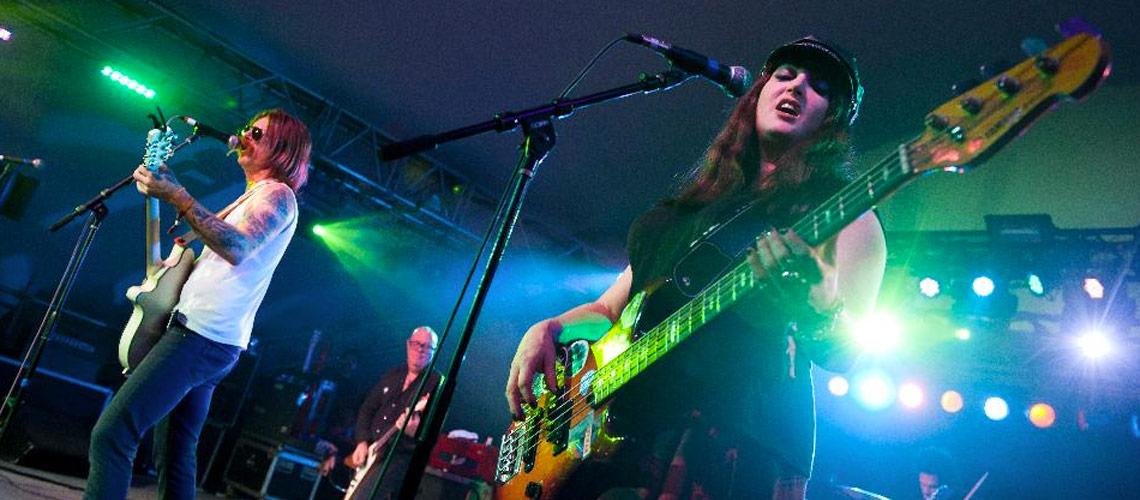 Eagles Of Death Metal Climb Charts Following Paris Terror Attacks